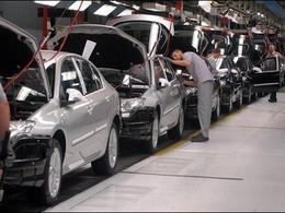 Renault demande aux syndicats de l'aider à trouver des solutions pour garder l'emploi en France