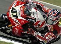 Superbike Brands Hatch: Bayliss gère Haga