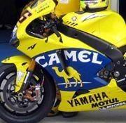 Moto GP: Rossi testera la Yam 800 à Brno