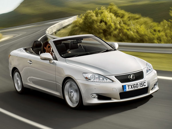 Mondial de Paris 2010 : léger restylage et nouveau moteur diesel pour la Lexus IS