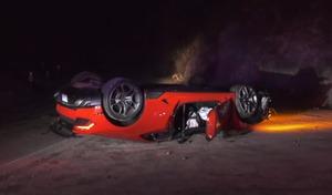 Une Lamborghini Huracan retrouvée abandonnée sur le toit