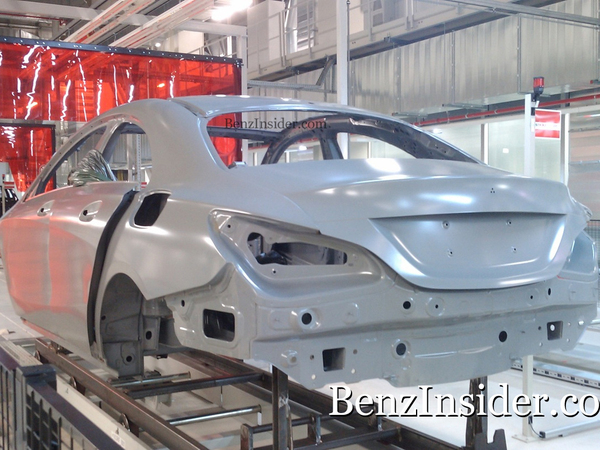 Surprise : la future Mercedes BLS/CLC sur la chaîne de production