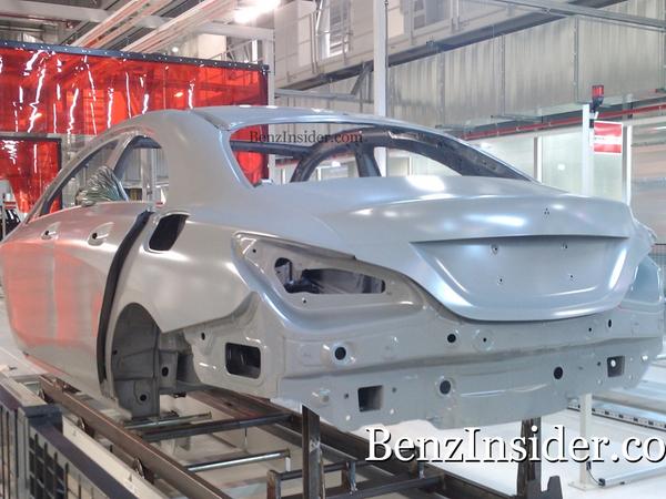 Surprise : la future Mercedes BLS/CLC sur la chaîne de production