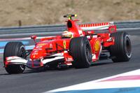 McLaren et Ferrari en piste au Castellet