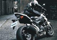 Suzuki 750 GSR 2011 : Toutes les infos, toutes les photos [40 images]