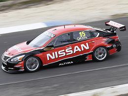 (Vidéo) La nouvelle Nissan Altima de V8 Supercars en piste