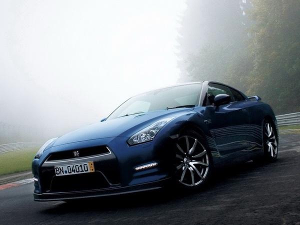 Ring Folies : la Nissan GT-R 2013 en 7'18''6 (vidéo)