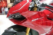 Actualité moto - Sportive: Ducati se gargarise avec sa 1199 Panigale. Justifié ?