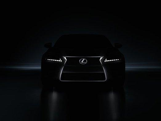 Lexus allèche le chaland : la future GS dans l'ombre