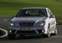 Mercedes E63 AMG : Une série E très musclée.