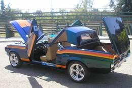 Une Ford Mustang avec un toit de CC !