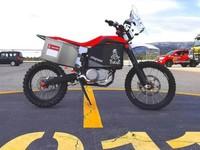 Le Dakar 2020 accueille une moto électrique