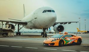 L'aéroport de Bologne reçoit sa nouvelle Lamborghini Huracan
