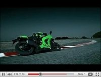 La Kawasaki ZX-10R Ninja 2011 déboule en vidéo
