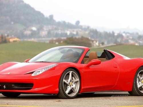 Ferrari 458 Spider GTS : comme ça ?