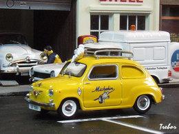 Miniature : 1/43ème - SEAT 600
