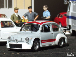 1/43ème - FIAT-ABARTH 1000TCR berlina