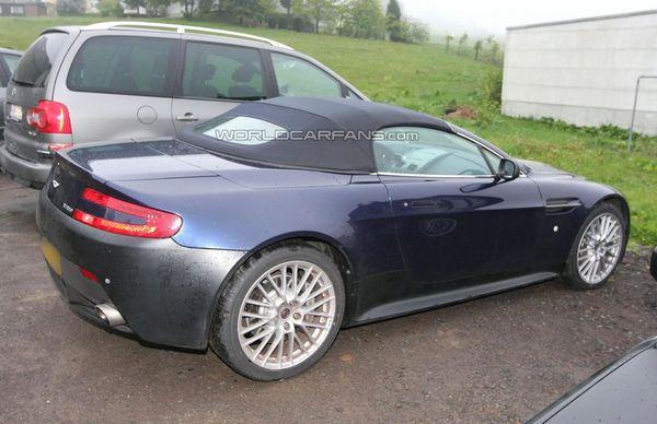 """Future Aston Martin V12 Vantage Roadster: prolonger le """"débat démocratique"""" ou..."""