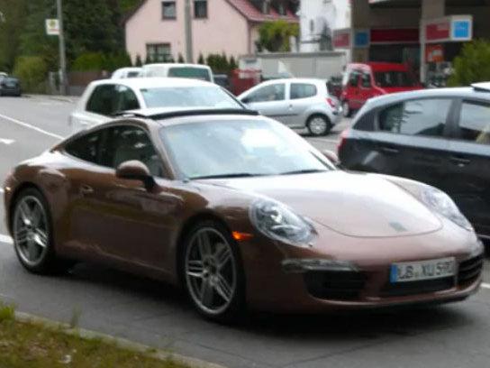 [vidéo] La Porsche 911 type 991 d'encore plus près, la version Targa en question