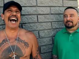 Vidéo : Danny Trejo et Mister Cartoon en cruising dans les rues de Los Angeles
