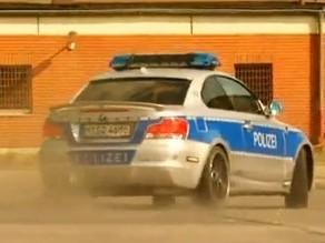 La Police en BMW Schnitzer, les voleurs en Audi TT-RS MTM, Challenger SRT8, et Techart Magnum. Qui va l'emporter?