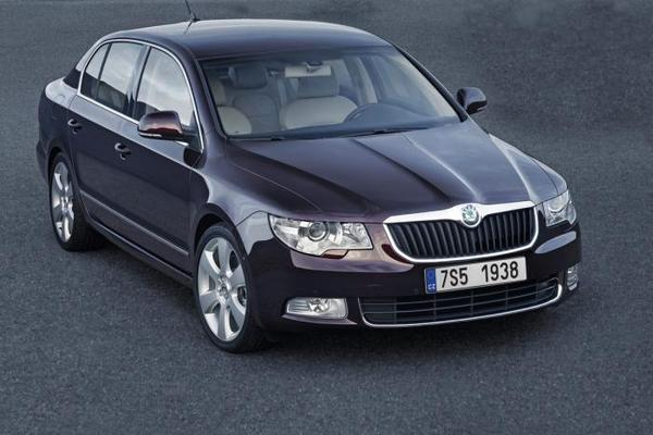 sp cial taxi passager j 39 ai d couvert la skoda superb. Black Bedroom Furniture Sets. Home Design Ideas