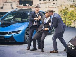 Francfort 2015 - Le patron de BMW fait un malaise en pleine conférence