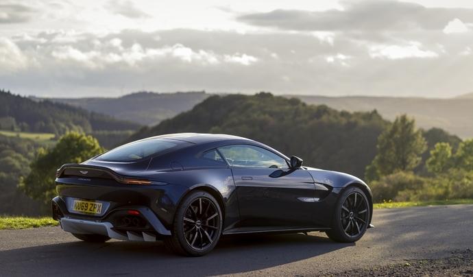 Aston Martin va remettre un V12 sur la Vantage