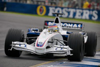 Jacques Villeneuve n'obtient toujours pas de points chez lui
