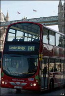 Londres : un bus double étage hybride !