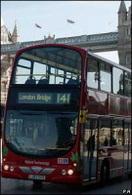 Londres : un bus double étage hybride !