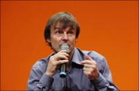 """Nicolas Hulot : les candidatures Bové et Voynet """"salutaires"""" pour l'écologie"""