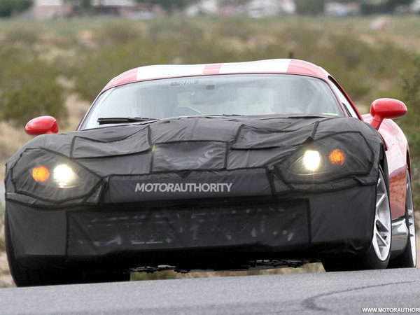 Surprise : la future Dodge Viper et son mouchoir noir