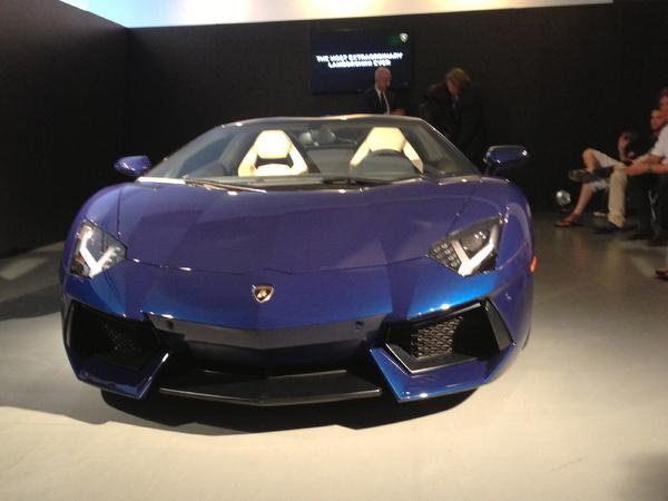 Lamborghini Aventador Roadster en vidéo (+ toutes les photos)