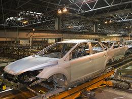 Russie : pendant que Ford licencie, Mercedes veut y produire