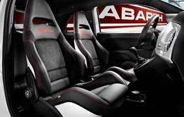 Nouveaux sièges Sabelt Corse pour les Fiat 500 et Grande Punto