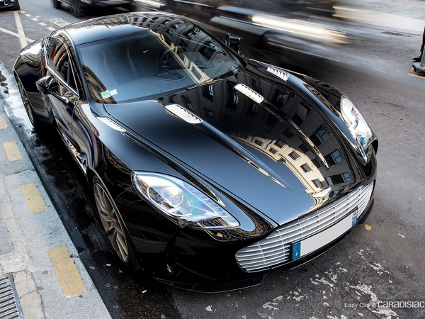 Photos du jour : Aston Martin One-77