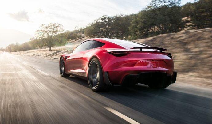 Le Tesla Roadster à nouveau repoussé