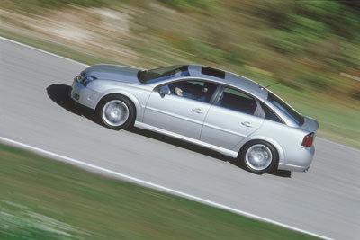 Le moteur 2.0 T se généralise dans la gamme Opel