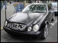 La photo-saucisse du jour: Mercedes CLK Poker Edition.
