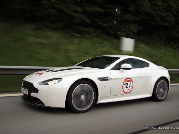 Photos du jour : Aston Martin V12 vantage (Rallye Germania)