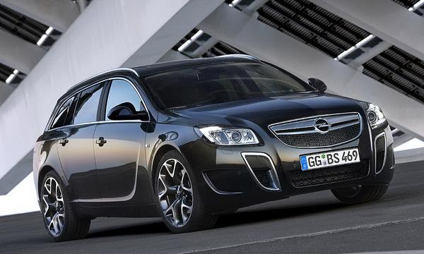 Opel Insignia OPC Sports Tourer : grosses canines et sac à dos (photos et vidéo)