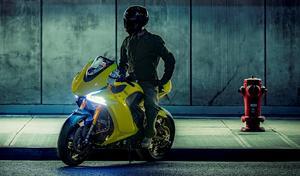 Damon et BlackBerry présentent la première moto autonome