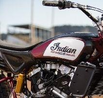 Indian vs Harley-Davidson: baston en flat track !