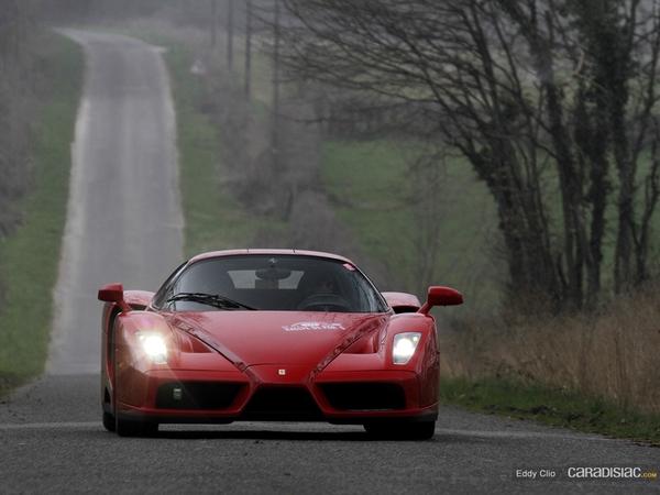 Photos du jour : Ferrari Enzo (Rallye de Paris)
