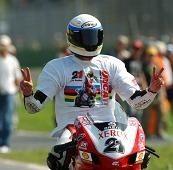 Superbike Magny Cours M.2: Bayliss clôture