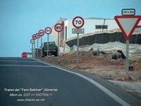 9 panneaux de signalisation pour s'arrêter, qui dit mieux ???