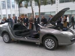 Un prototype de Renault Laguna démontable pour les pompiers des Yvelines
