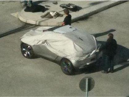 Mondial de Paris 2010 - Mais quel est donc cet étrange concept-car ? Le Peugeot H1 ?