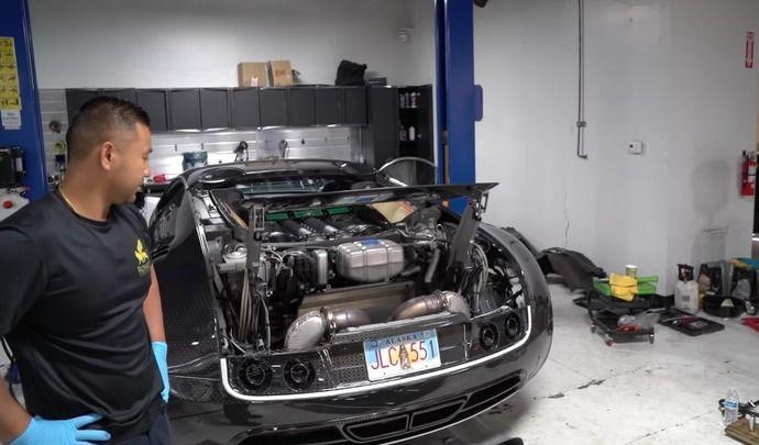 Vidange sur une Bugatti Veyron : de la patience, beaucoup de patience !